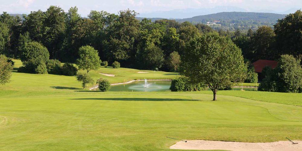 Golfanlage Gut Rieden Bunker und Wasserhindernis