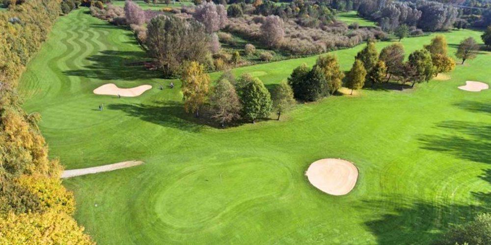 München Golfclub Eschenried Golfplatz Eschenhof Loch 3 von oben