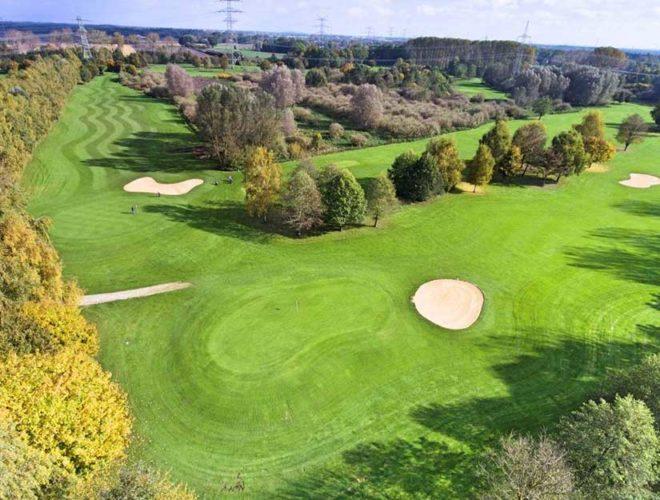 München Golfclub Eschenried Golfplatz Eschenhof Loch 3 von oben 825px