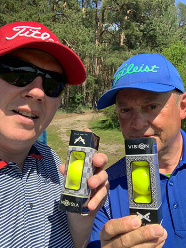 Golfbälle im Test Vision Pro Tour V und X UVee® Yellow Frank Werner rechts