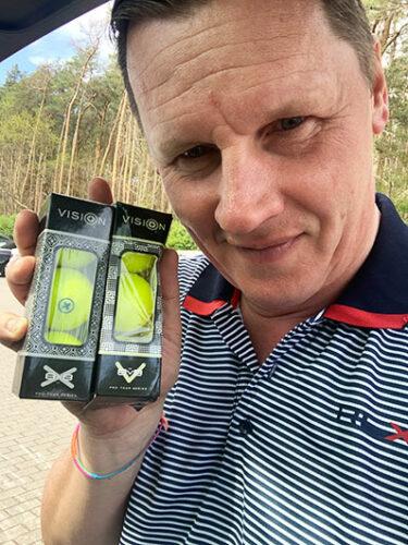 Golfbälle im Test Vision Pro Tour V und X UVee® Yellow Thorsten Ruhle