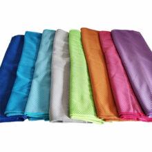 Kühlendes Handtuch Cooling Towel Mikrofaser 100 x 30cm Ansicht 8 Farben ausgebreitet